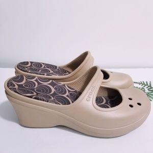 like new crocs sandals
